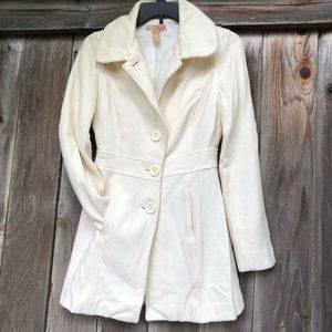 Forever 21 White / cream  wool pea coat size Small